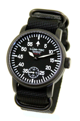 LUM-TEC B1 Combat Watch