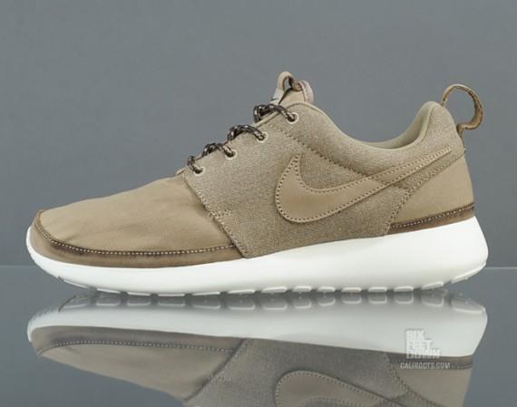 """Nike Roshe Run Premium """"Khaki"""""""