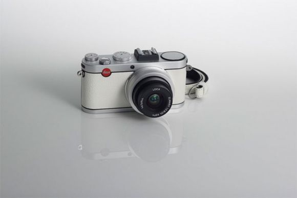 Limited Edition Anniversary Leica X2 White