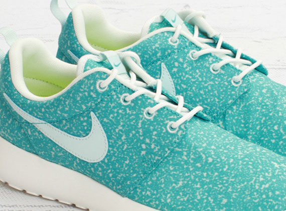 "Nike WMNS Roshe Run ""Speckle Pack"" – Sport Turquoise"