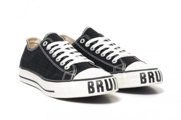 "UNDERCOVER ""Bruit"" Sneakers"