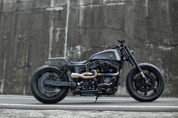 "Rough Crafts' Harley-Davidson Dyna ""Urban Cavalry"""