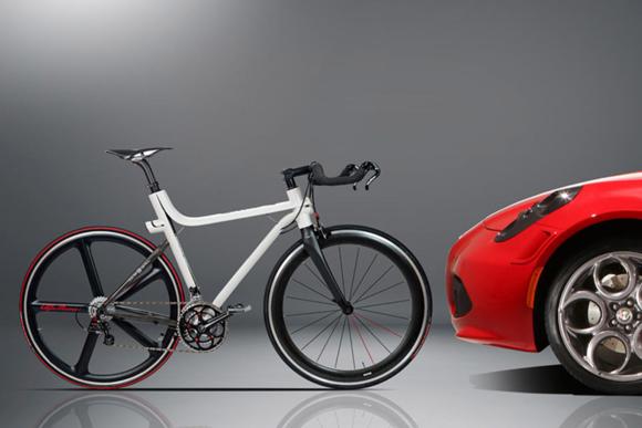 Alfa Romeo x Compagnia Ducale IFD 4C Carbon Fiber Bike