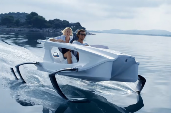 Quadrofoil Q2A Electric